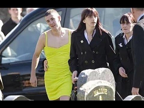 親友の葬式にとんでもない格好で現れた1人の男性。その理由に涙が止まらない・・・